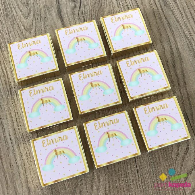 Unicorn Temalı Etiketli Madlen Bebek Çikolatası